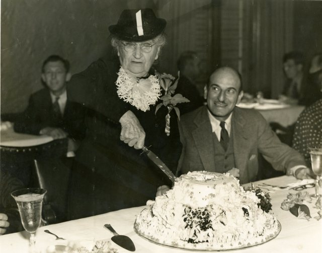 Mrs Cohen birthday luncheon 1937  2 046