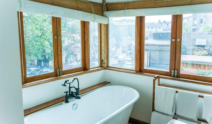 abode bombay bathtub