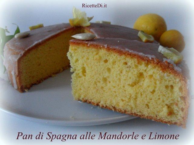 23_pan-di-spagna-alle-mandorle-e-limone