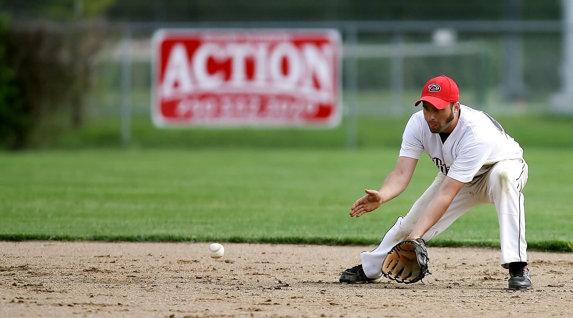 少年野球向け守備上達法/安定感が出る右側の動き2つのポイント