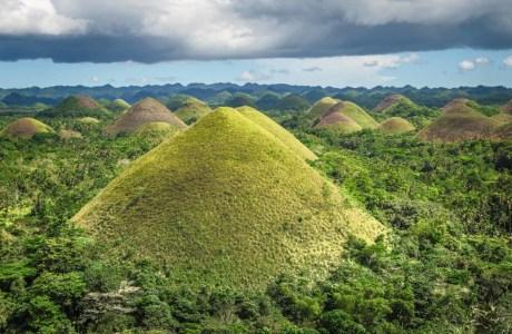 Chocolate-Hills,-Bohol,-Philippines