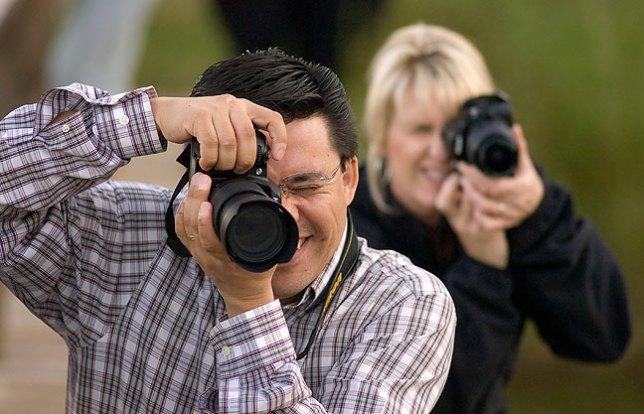 Erik Estrada and Doreen McAlester make pictures in class, September 2009.