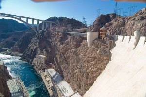 This is the right-side image of the Hoover Dam panorama.