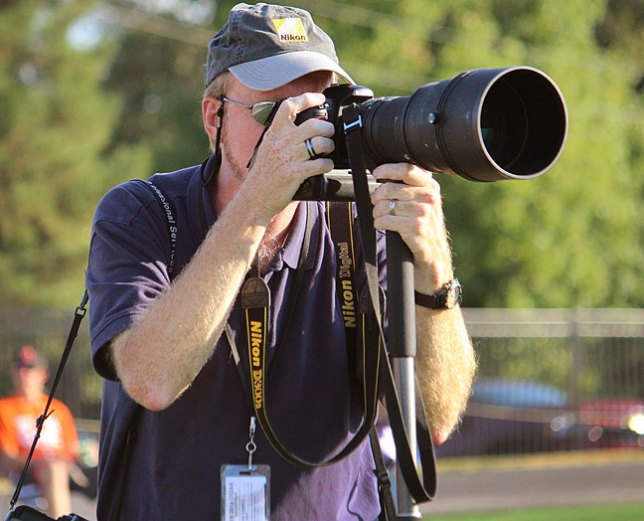 Your host shoots a college football game with the Nikon D300S and the AF Nikkor 300mm f/2.8 ED-IF.