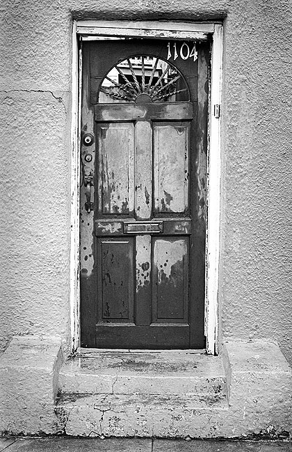 I spotted this doorway on the French Quarter.