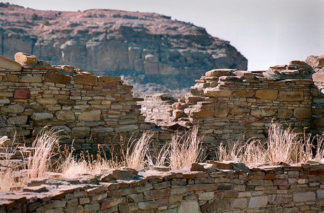 Ancient masonry walls, Chaco Canyon