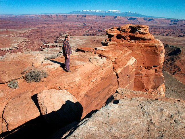 David hikes around at the end of the excellent White Rim Overlook trail at Canyonland's Island in the Sky District.