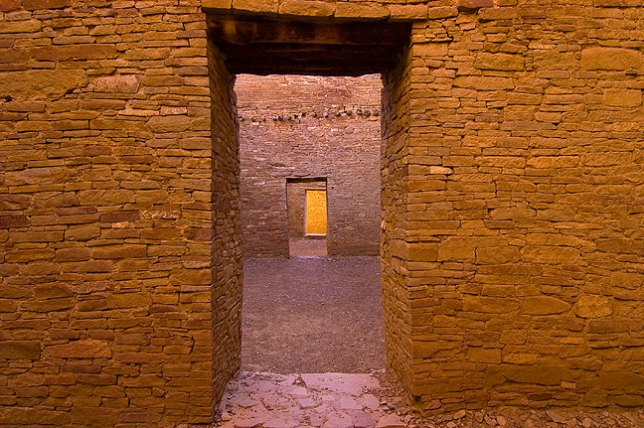 The aligned stone masonry doors at Pueblo Bonito are quite elegantly crafted.