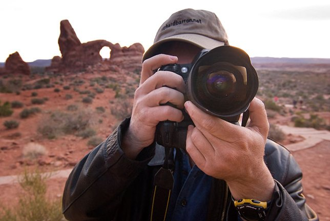 Robert shoots the North Window in Arches National Park with his 14mm.