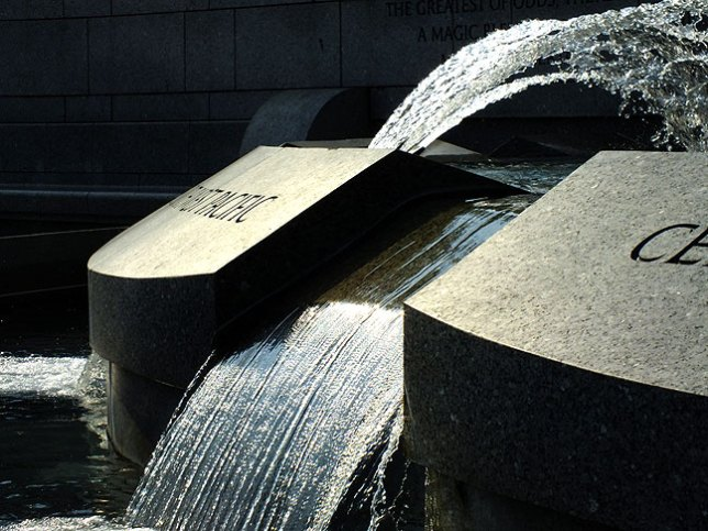 Fountains and granite contribute to the elegance of the World War II Memorial.