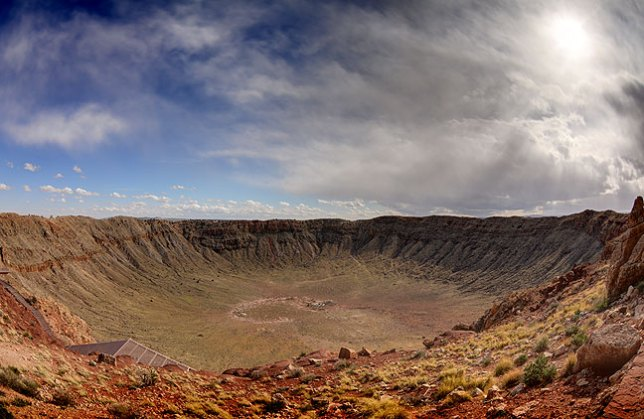 This five-frame HDR fisheye view of Meteor Crater helps convey the sense of the attraction. It was interesting, but didn't make very many good images.
