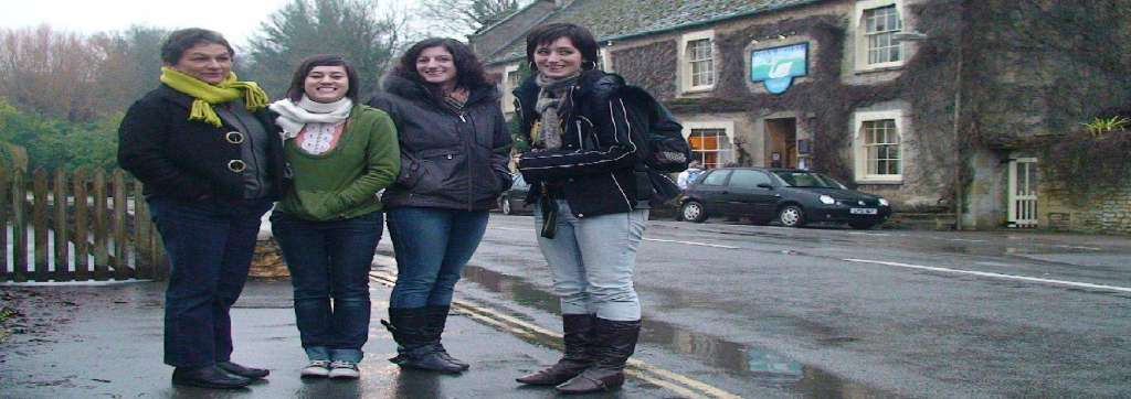 Blanche, Bianca, Whitley & Ebony Swan Hotel Cotswolds UK Best Lunch in the World!