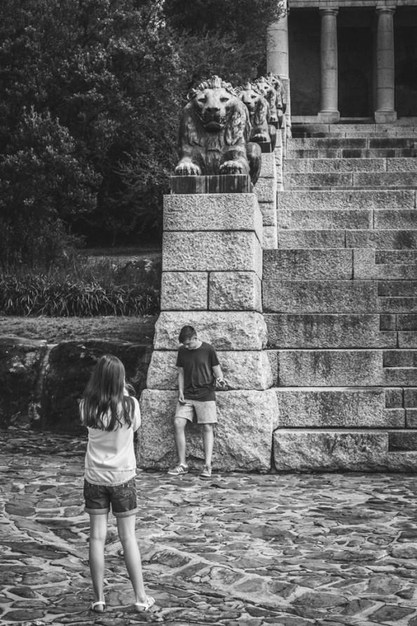 teaching-the-kids-photography_34058282672_o