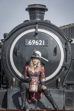 steampunk-steam-trains-13_44306190475_o