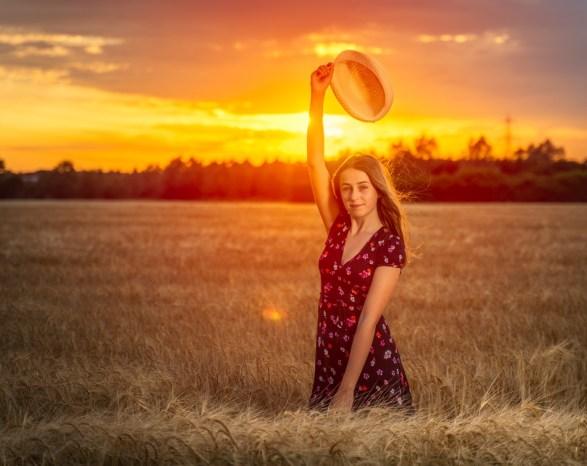 Kids Barley Field (18)