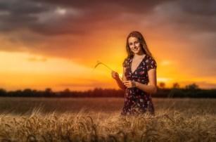 Kids Barley Field (23)