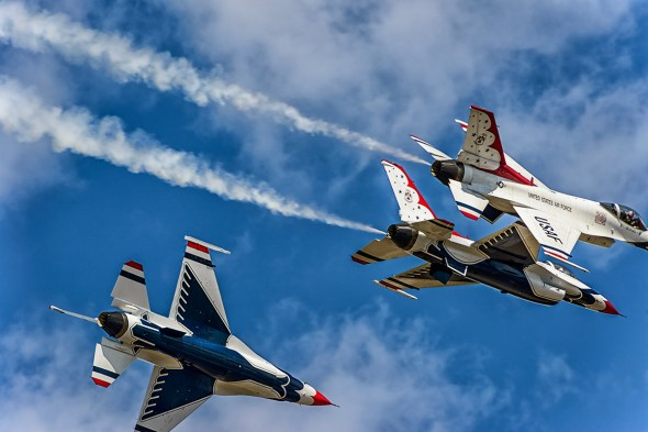 Thunderbirds-f-16-Fighting-Falcon-Lockheed-Martin-13-005187.vv