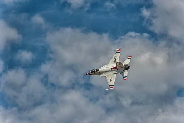 Thunderbirds-f-16-Fighting-Falcon-Lockheed-Martin-13-005194.vv