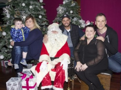 PHOTOS & VIDEO Keith Duffy visits St Munchins Community Centre