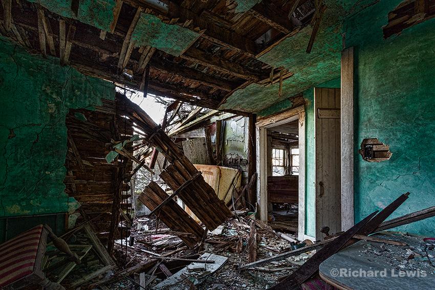 Abandoned Farm House Dining Room 2016 Richard Lewis Photography