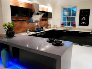 Counter and breakfast bar