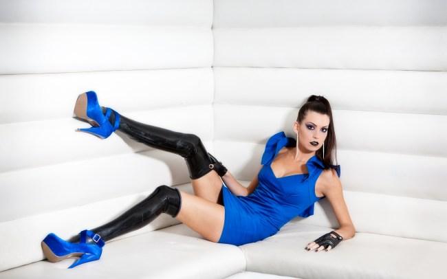 Alicja - Mint Club that little Blue dress 2