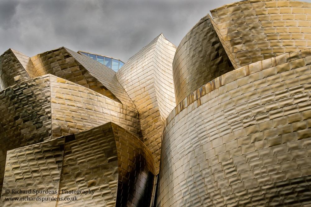 Bilbao guggenheim titanium colours