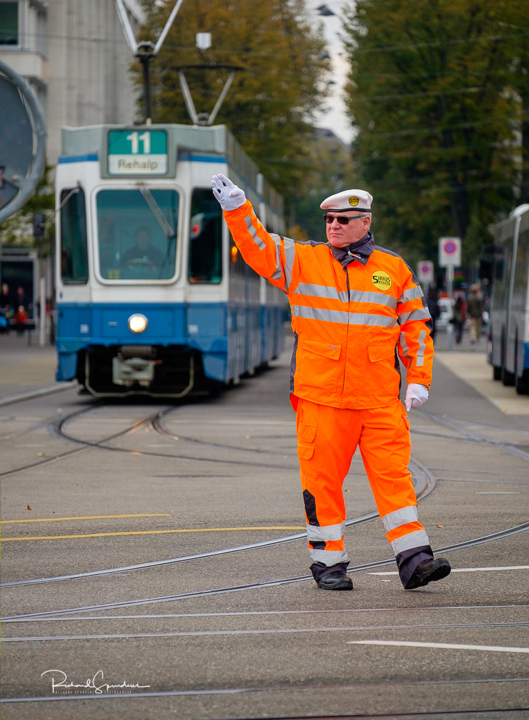 Zurich directing the trams II