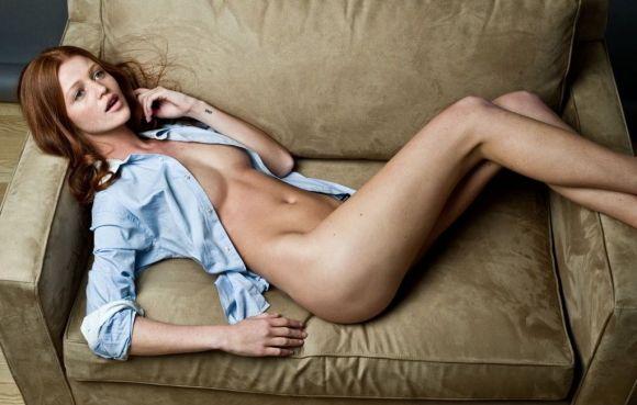 Cintia Dicker relaxing nude