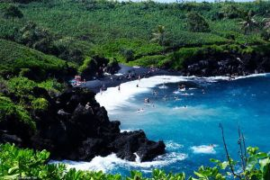 pailoa beach, maui, hawaii black sand beach