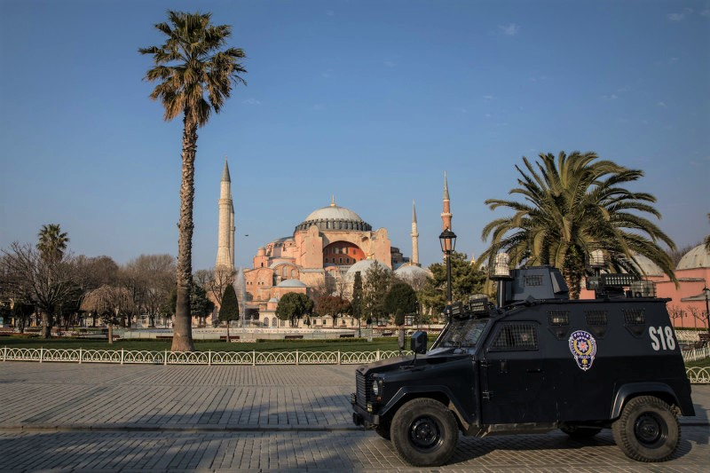 ISTANBUL, TURKEY - APRIL 11: A police van patrols in front of Hagia Sophia during a two-day lockdown imposed prevent the spread of COVID-19 on April 11, 2020 in Istanbul, Turkey. The 48-hour lockdown extends until midnight Sunday and applies to more than two dozen cities, including Istanbul and the capital, Ankara. Turkey has reported 52,167 cases of COVID-19 and more than 1,000 related deaths. (Photo by Chris McGrath/Getty Images)