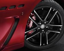 Maserati GranCabrio wheel