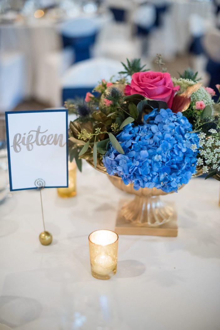 blue and pink wedding centerpiece