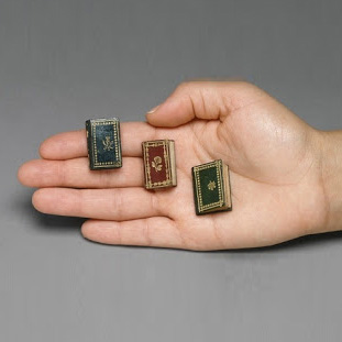 miniature-tiny-book-collection.jpg