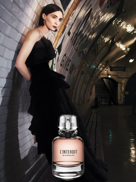 Advertisement for Givenchy perfume