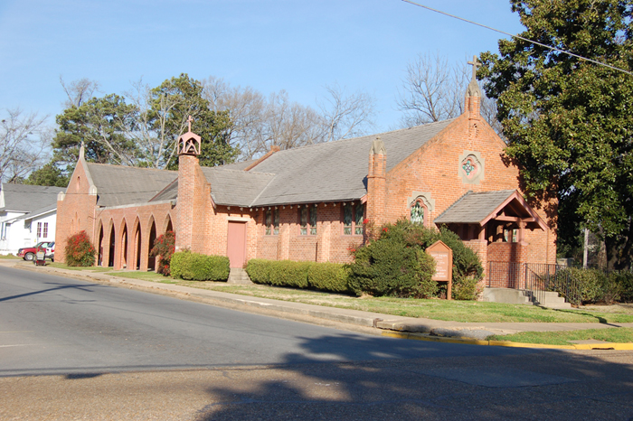 St. David's Episcopal Church, built in 1909 in Rayville, is on the National Register of Historic Places