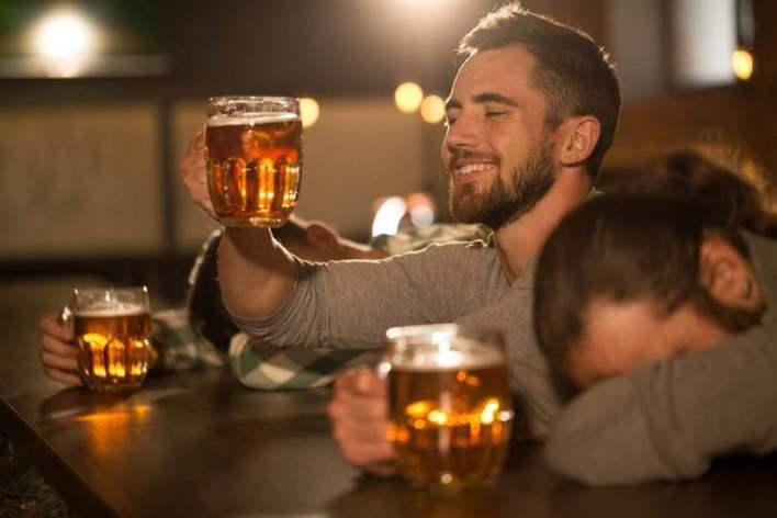 酒鬼 一個投機者的告白:沒錢的人必須炒股!