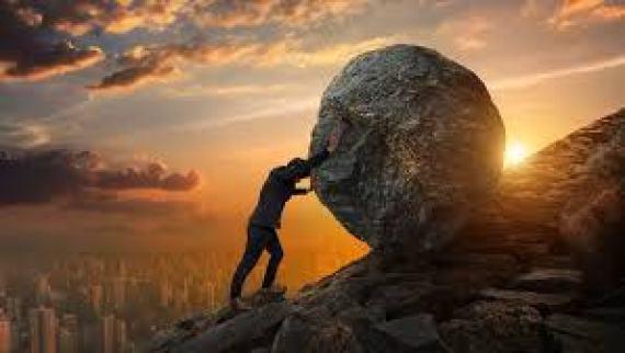 推石 你以為自己有努力向上,但人生怎麼往下盪?