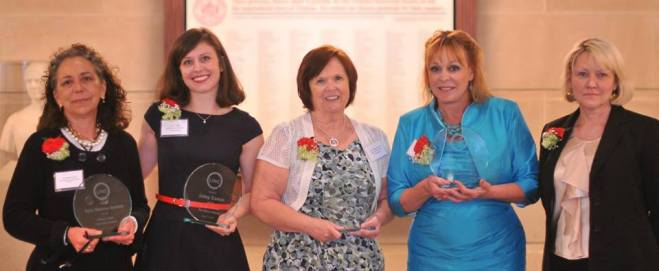 Joley receives LINC Volunteer of the Year Award, May 2014