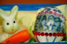 happy easter with bunny and carrot