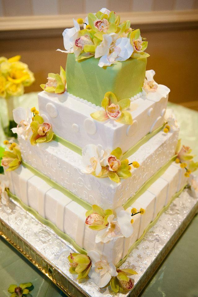 Donna\'s Baking Creations – Richmond Wedding Pros