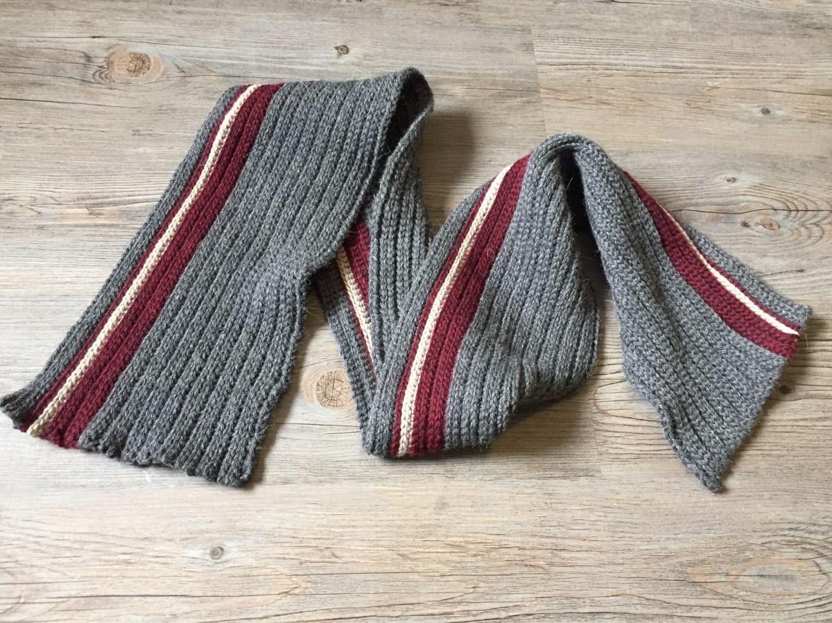 Men's Classic Crochet Scarf - Free Crochet Pattern
