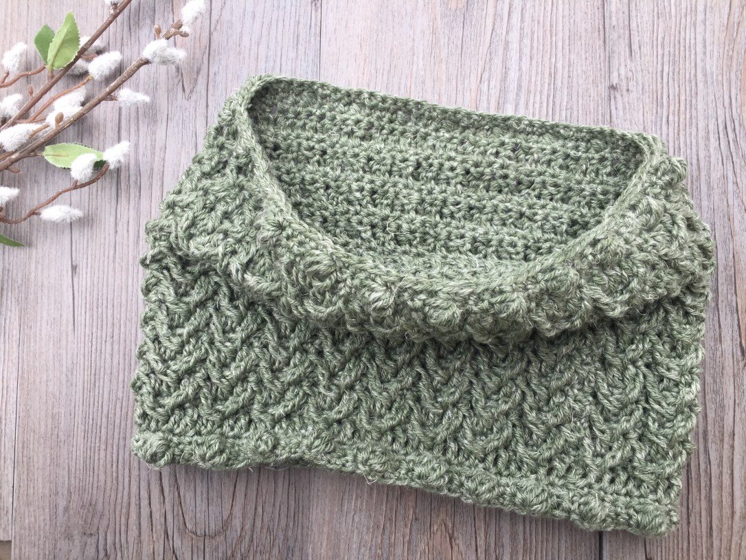 Crochet Cowl1