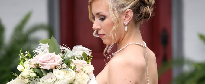 preferred vendors – hair & makeup | richwood on the river