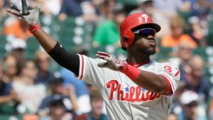 odubel herrera flipping his bat