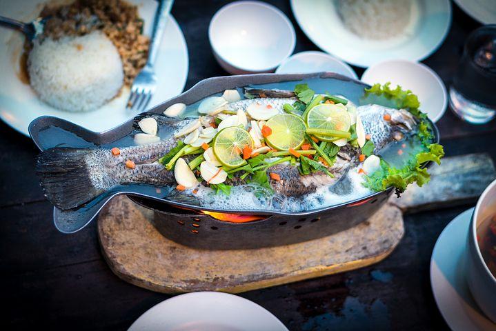 タイ旅行記 その8 チャオプラヤー川を渡った先にある超美味しいタイ中華料理のお店「Watchara's レストラン」