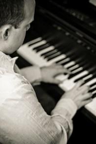 B&W Piano