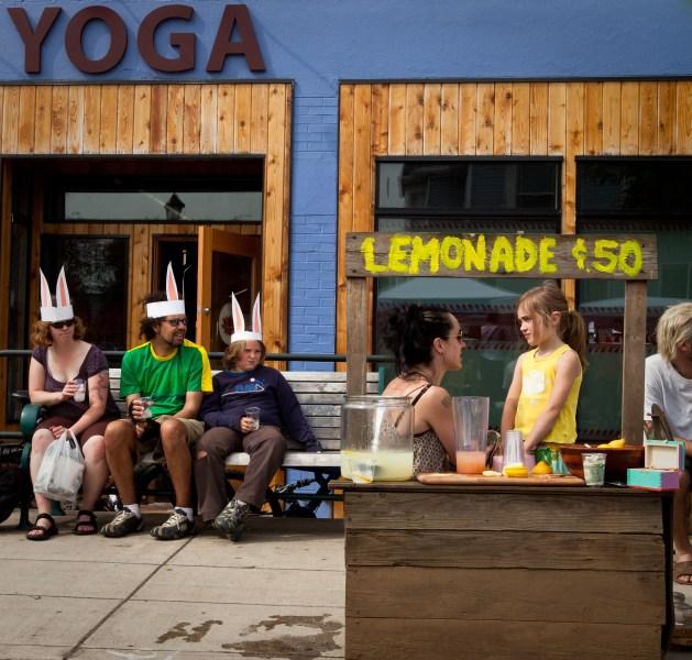 yoga-lemonade-2016
