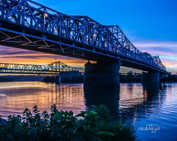 "Cincinnati, Ohio. ""Photo of the Day"" on website capturecincinnati.com. 3rd place award in ""Buildings and Architecture"" for the day on international website Pixoto."