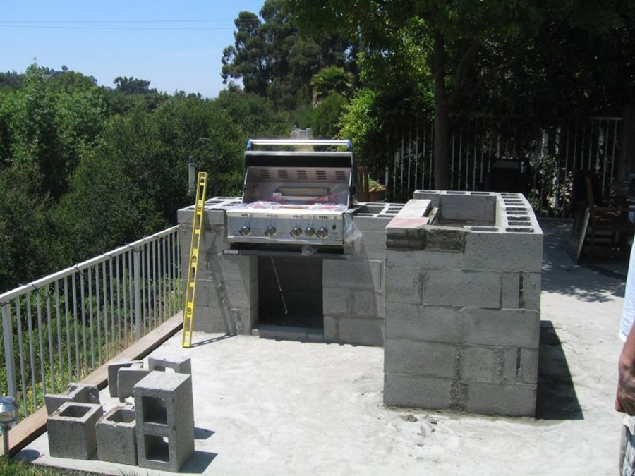 Ideas For Build Cinder Block Outdoor Fireplace — Rickyhil ... on Outdoor Fireplace With Cinder Blocks id=81754